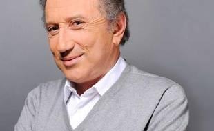 Michel Drucker, animateur de télévision et de  radio, le  12 novembre 2010