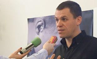 Bertrand Virieux, 44 ans, aurait été victime d'un prêtre pédophile dans les années 90 dans la région lyonnaise.