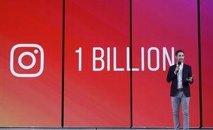 Le cofondateur d'Instagram, Kevin Systrom, annonce le lancement de l'app IGTV pour les longs formats.