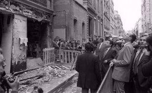 L'auteur présumé de l'attentat qui avait fait quatre morts près de la synagogue de la rue Copernic à Paris (XVIe) en 1980, un Libano-Canadien d'origine palestinienne, a été arrêté jeudi au Canada 28 ans après les faits sur mandat d'arrêt international de juges français.