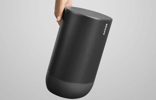 Une discrète poignée permet de transporter la Move qui pèse quand même 3 kg.