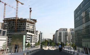 La production de logements sociaux a patiné en Île-de-France en 2014 après des augmentations en 2012 et 2013. 27 584 logements locatifs sociaux ont été agréés en 2014, soit une diminution de 9 % par rapport à 2013. (Photo illustration Boulogne-Billancourt).