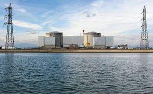 Avec la victoire de François Hollande, la France se prépare à entamer un tournant énergétique, matérialisé par la fermeture annoncée de la centrale de Fessenheim, même si le nucléaire maintiendra sa prééminence durant le quinquennat qui s'ouvre.