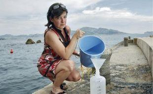 Isabelle Biegala, chercheuse sur les cyanobactéries, à la station marine d'Endoume.