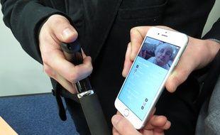 La canne géolocalisable est une innovation nordiste pour permettre aux personnes âges d'alerter les secours rapidement.