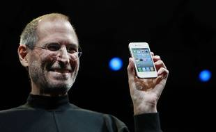 Steve Jobs, cofondateur d'Apple, lors de la présentation d'un nouvel iPhone.