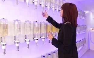 Le 14 mars 2017. A Villefranche-sur-Saône. Le premier bar à parfums du Rhône vient d'ouvrir à Villefranche. Ydentik est un concept né au Portugal.