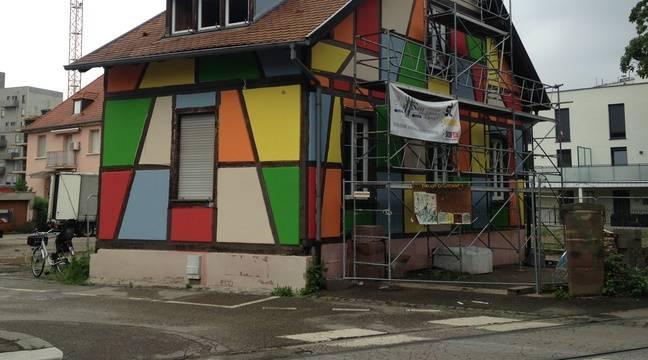 strasbourg qu 39 est ce que c 39 est que cette maison alsacienne multicolore au neudorf. Black Bedroom Furniture Sets. Home Design Ideas