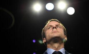 Le président Emmanuel Macron porte plainte contre un photographe pour harcèlement mardi 15 août 2017.