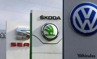 Les logos des marques du groupe Volkswagen sur le site de Villers-Cotterets le 25 septembre 2015