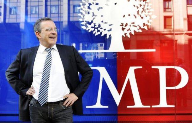Le collectif de la droite populaire (aile droite de l'UMP) a présenté mercredi une motion résumant les orientations et priorités qu'il entend promouvoir jusqu'au congrès du parti en novembre où il compte démontrer sa popularité et se constituer en mouvement.