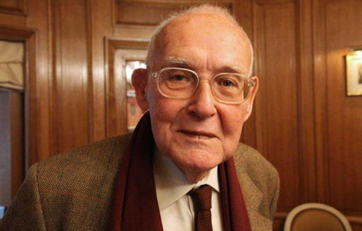 Robert Sabatier, le 23 novembre 2010 à Paris. – GINIES/SIPA/