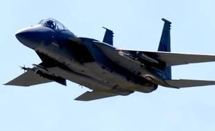 Illustration d'un avion de chasse F15.