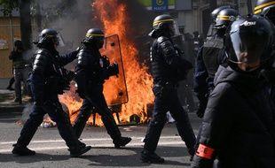 Des affrontements entre CRS et black blocks avaient eu lieu durant la manifestation du 1er mai 2019 à Paris