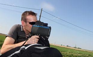 Opération de contrôle à l'aide d'un radar portatif.