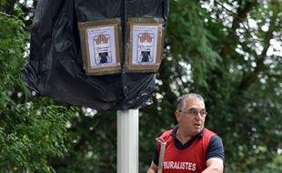 Les buralistes de Toulouse ont mené une action pour dénoncer le passage progressif au paquet de cigarettes à 10 euros.