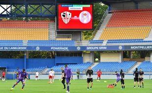 Après une folle semaine à cause des violences de supporters ajacciens, les Corses ont reçu le TFC à… Montpellier devant des tribunes vides;