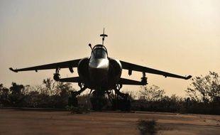 L'armée française a mené dans la nuit de lundi à mardi des frappes aériennes sur la localité de Diabali (ouest du Mali) dans laquelle étaient entrés les islamistes lundi, a appris l'AFP de source sécuritaire malienne.