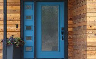 La porte est l'un des endroits les plus vulnérables de la maison en terme d'isolation.