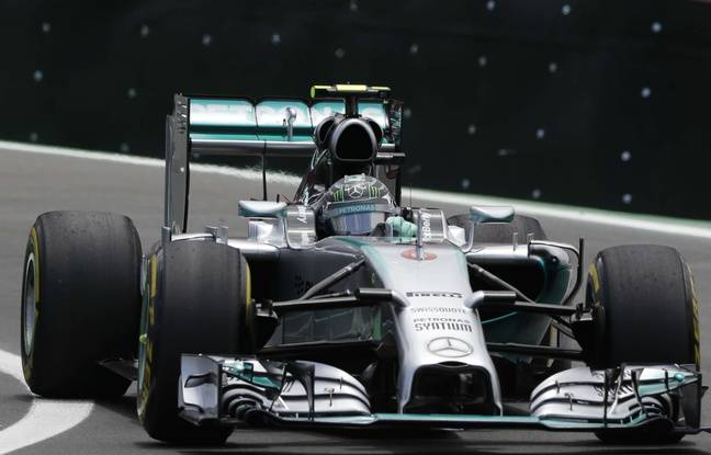 formule 1 nico rosberg mercedes remporte le grand prix du br sil. Black Bedroom Furniture Sets. Home Design Ideas