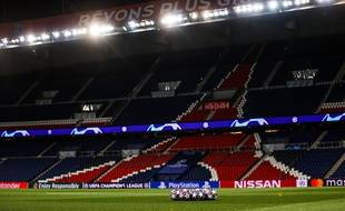 Les stades français resteront vides jusqu'à cet été...