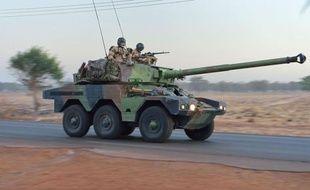"""Des combats """"au corps à corps"""" opposaient mercredi soldats français des forces spéciales et combattants islamistes à Diabali, à 400 km au nord de Bamako, ont indiqué deux sources de sécurité."""