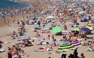 Mater ou pas quand est en couple à la plage, la question se pose.