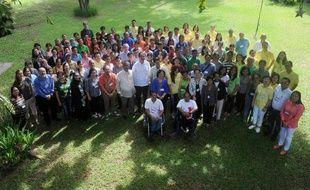 Des participants d'un débat sur le climat à Manille le 6 juin 2015