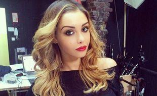 Nabilla s'affiche cette semaine en blonde, sur Instagram.