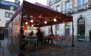 Justice Les Parisiens Pourront Toujours Fumer En Terrasse