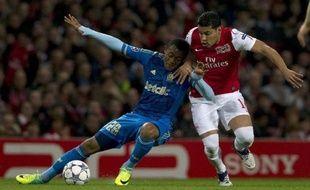 Marseille a bien négocié son déplacement sur la pelouse d'Arsenal (0-0) et reste en bonne position pour la qualification en 8e de finale de la Ligue des champions alors que le FC Barcelone et l'AC Milan ont d'ores et déjà obtenu leur sésame, mardi lors de la 4e journée de la phase de poules.