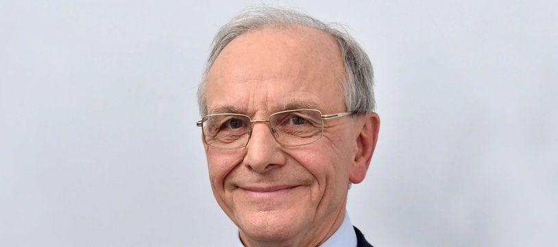 Le généticien Axel Kahn, président de la Ligue contre le cancer.