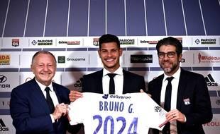 La signature du prometteur milieu brésilien Bruno Guimaraes, durant le mercato hivernal, a peut-être marqué un tournant dans l'histoire entre Juninho et l'OL. JEFF PACHOUD