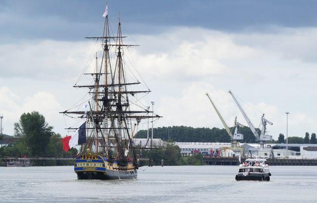 Nantes: L'Hermione a mis le cap sur Brest ce mardi après quatre jours de célébrations