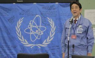 Le Premier ministre japonais, Shinzo Abe, a déclaré envisager la construction de nouveaux réacteurs, cinq jours seulement après son entrée en fonction et malgré l'opposition d'une grande partie de la population au nucléaire depuis l'accident de Fukushima.