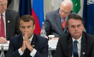 Les présidents français, Emmanuel Macron, et brésilien, Jair Bolsonaro, le 28 juin 2019 à Osaka au Japon.