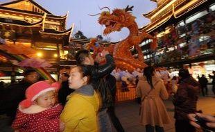 L'année du dragon, qui débutera lundi selon le calendrier lunaire, promet courage et sagesse aux enfants nés sous ses auspices, selon des croyances ancestrales. Mais elle ne tombe que tous les douze ans, de quoi déclencher en Asie un véritable baby-boom.