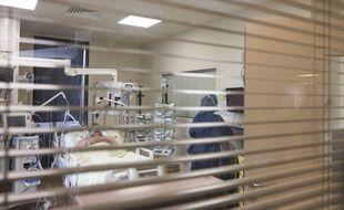 Un lit de réanimation, ici à l'hôpital de Bobigny.