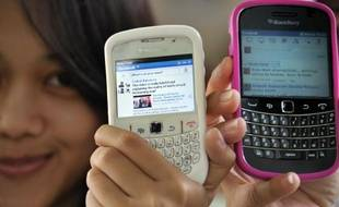 Facebook fête ses dix ans et l'un de ses principaux défis est désormais de conquérir le marché du mobile en Asie, source de croissance à même de prendre le relais de marchés occidentaux plus matures.