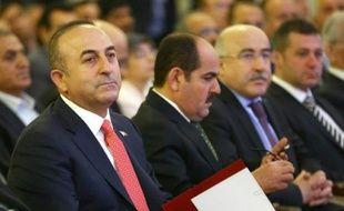 Le ministre turc des Affaires étrangères Mevlüt Cavusoglu sur les bancs de l'Assemblée à Ankara, le 26 mai 2016