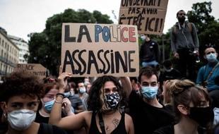 Un rassemblement contre le racisme et les violences policières a réuni au moins 2.000 personnes, mercredi soir à Toulouse.