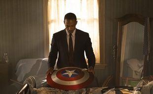 Sam Wilson alias Falcon (Anthony Mackie) dans « Falcon et le Soldat de l'Hiver ».