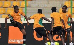 La Côte d'Ivoire, une des principales têtes d'affiche de la CAN-2012, effectue dimanche une entrée en douceur (groupe B) face au modeste Soudan alors que l'Angola et le Burkina Faso disputent un match déjà crucial dans la qualification pour les quarts de finale.