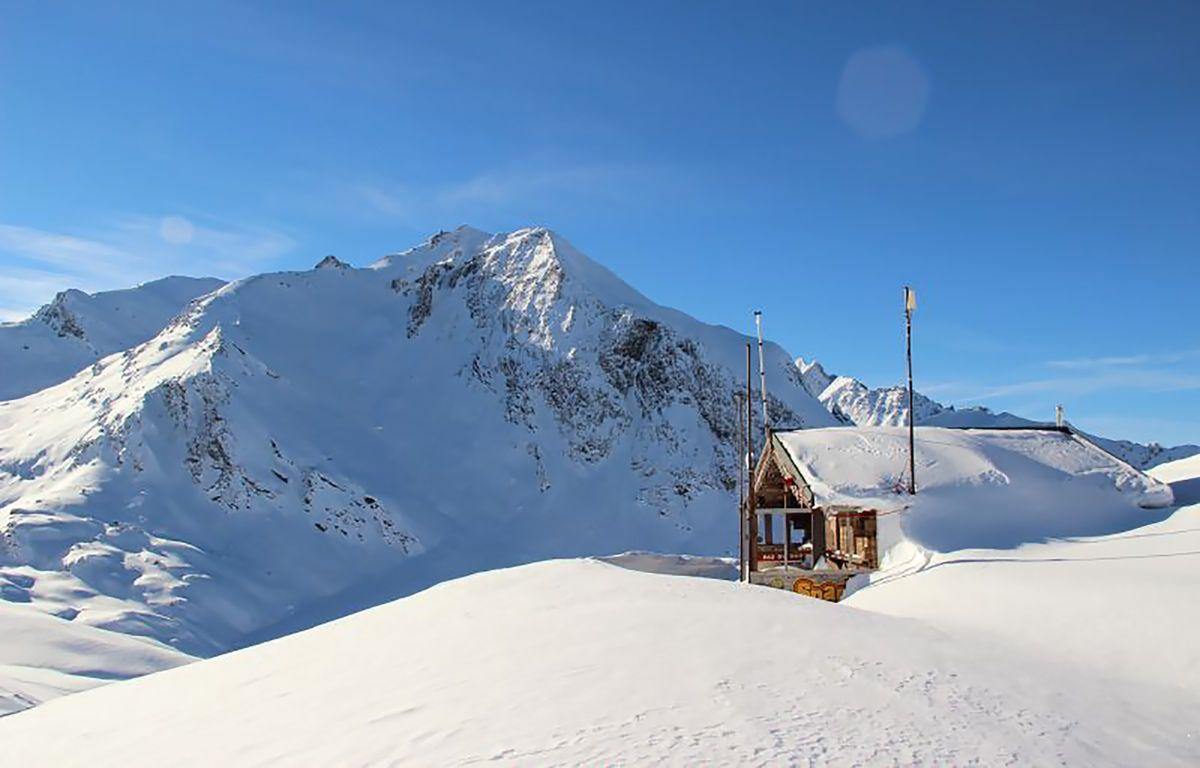 Le 18 janvier 2016, à Valfréjus. Cinq militaires ont péri ce lundi, emportés par une avalanche alors qu'ils skiaient hors poste dans le cadre d'un entraînement.. / AFP / HERVE DELEGLISE – AFP