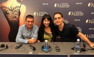 Alex Piña et Esther Lobato Martinez, les créateurs de «La Casa de Papel», et Pedro Alonso, qui campe Berlin dans la série espagnole.
