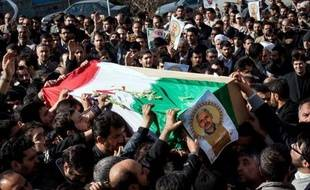 Un commandant des Gardiens de la révolution, la garde prétorienne du pouvoir iranien, a été tué cette semaine par des rebelles en Syrie où l'Iran estaccusé d'acheminer armes et personnel pour aider le régime de Bachar al-Assad.