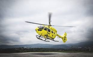 Le patient a été transféré par hélicoptère vers l'Allemagne (illustration).