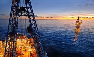 Illustration d'une plateforme pétrolière.