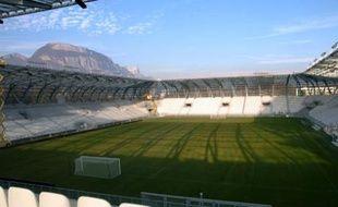 """Photo prise le 29 janvier 2008 à Grenoble du nouveau stade, baptisé """"le stade des Alpes""""."""
