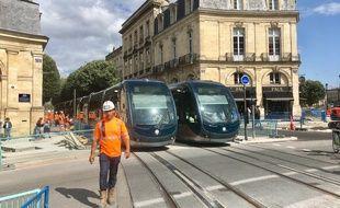 Essai du tramway sur la future ligne D de Bordeaux, ici au niveau de la place Tourny